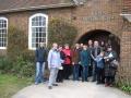Braucējus sagaidīja draudzes locekļi Deivids un Helga, kuri paši dzīvo Kanterberijā