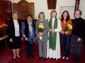 Šodienas dievkalpojumā atzīmējām divas dzimšanas dienas - Ritai Rumbai un Unai Šupstikai. No kreisās: Ārija Brūniņa, Valda Bryden , Rita Rumba, māc. Elīza Zikmane, Una Šupstika un Rūta Abakuka.