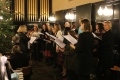Dzied Londonas latviešu koris, diriģente Lilija Zobens