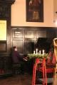 Pie klavierēm pianists Reinis Zariņš
