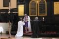 Garīdznieki saņem Svēto Vakarēdienu