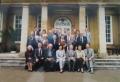 Pirmā rindā no kreisās: A. Freimane, māc. I. Gaide, prāv. J. Jurģis, Latvijas vēstniecības Lielbritānijā sekretāre I. Liepiņa, LNPL prezidija priekšsēdis A. Ozoliņš, diak. G. Putce, Baznīcas pārvaldes priekšnieks prof. Dr. R. Vītols