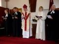 Garīdznieki dievkalpojuma laikā