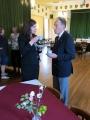 Kafijas pauze. Latvijas Republikas vēstniecības 1. sekretāre Ieva Jirgensone un prof. Reinis Vītols